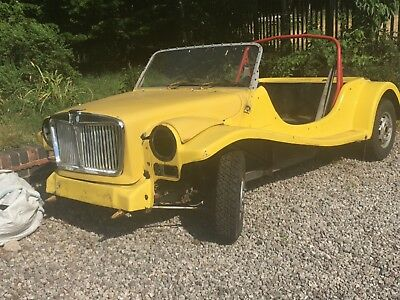 Magenta kit car rolling chassis - Yellow