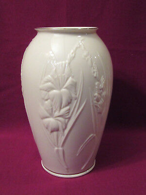 "Lenox Ivory Iris Large Vase, Embossed Flowers, 24k Gold Trim, 9.25"", Made in USA"