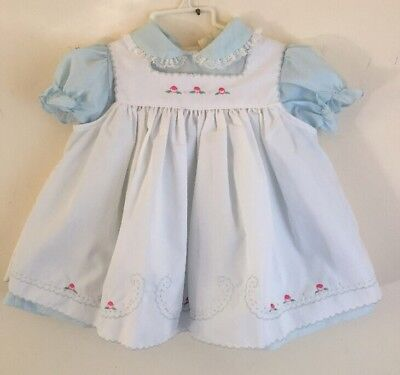 New dead stock---Vintage Baby Girl blue WHITE PINAFORE  Dress Sz 24 Mo EXC w/tag