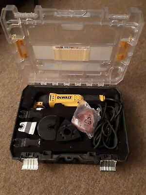 Dewalt Multi Tool Kitbox Blades & Accessories 230v 50Hz DWE314K type1