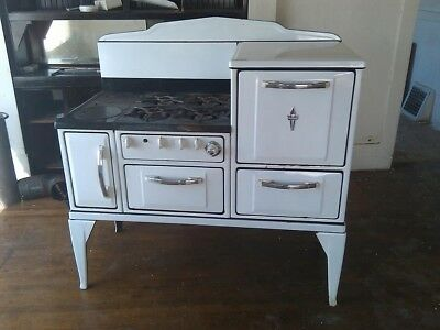 Antique Wedgewood  stove 1930's in working order
