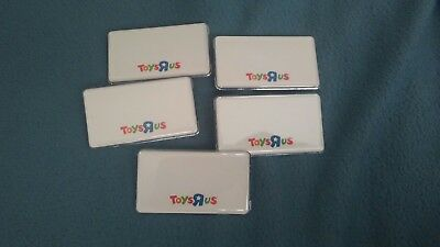 Toys R Us Name Tags Badge Pin Lot Of 5 Rare