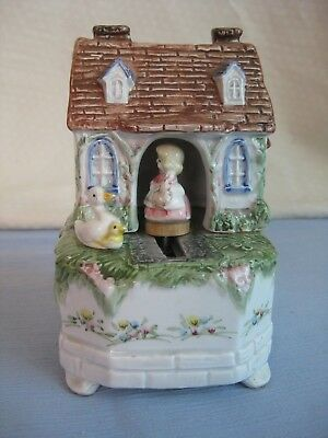 """Vintage Schmid Cottage With Girl Rotating Music Box """"you Are My Sunshine"""" #342"""