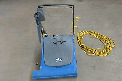 Windsor Wave Wide Area Commercial Vacuum ~ Very Nice  Shape