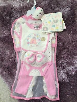 BNWT Chick Pea 7 piece set 3-6 months  (B)