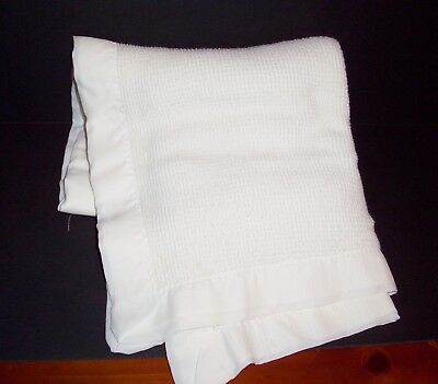 VTG FLAWS White Thermal Waffle Weave Baby Blanket Acrylic Nylon Trim
