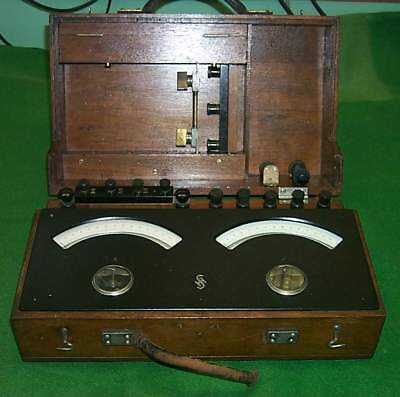 Siemens & Halske_Old_Amper & Volt_Instrument_in_wooden_box_[=T=]