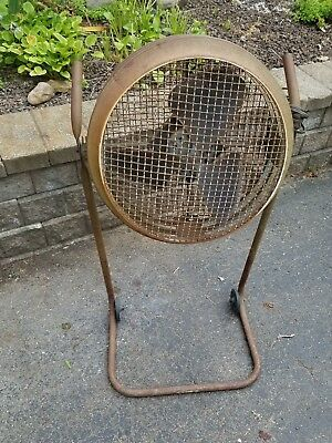 Vintage  Standing Floor Fan Barn Industrial Working Factory Shop Metal Art Deco