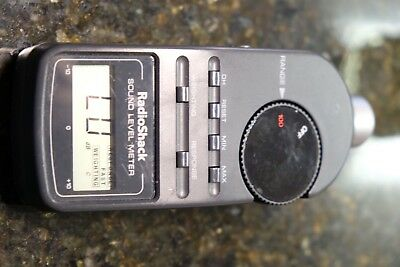 Radio Shack Digital Sound Level Meter 33-2055 SPL Audio