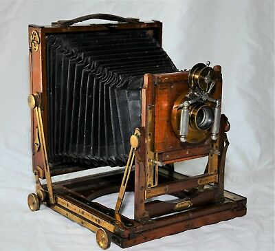 """Houghton Triple Victo half plate - 6 1/2"""" x 4 1/4"""" Field View Wood Camera 1890"""