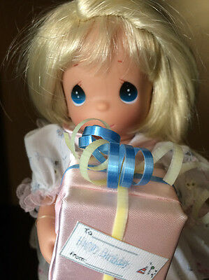 """Precious Moments 2004 Happy Birthday to You!  9"""" Blonde Doll Item No. 4177"""