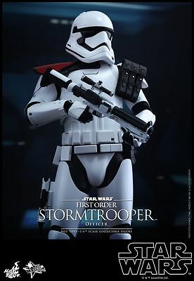 Hot Toys MMS334 1/6 Star Wars The Force Awakens Stormtrooper Officer Figure