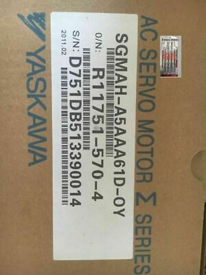1pcs Yaskawa motor SGMAH-05AAA61D-OY New by DHL or EMS