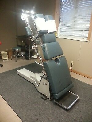 Chiropractic Zenith II HiLo Table with pelvic drop