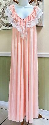Vintage KOMAR Butter Soft Peach Antron Nylon Lacey Long Nightgown Size Medium