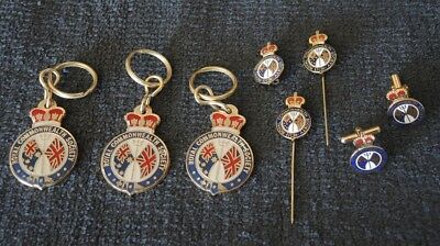 COLLECTION 1970s ROYAL COMMONWEALTH SOCIETY KEY RINGS BADGES CUFF LINKS #14