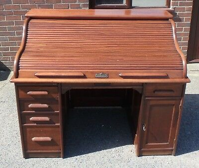 Victorian antique mahogany Indianapolis Cabinet Company roll top writing desk