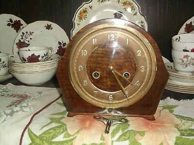 Smiths Small Mantle Clock.gongs The Hour And Half