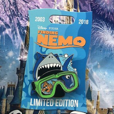 Disney Finding Nemo 15th Anniversary Dory Goggles Bruce Pin LE 2000 NEW
