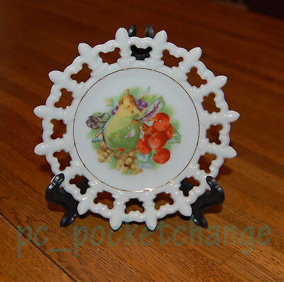"SCALLOPED LATTICE CHINA 6"" WALL PLATE ~ Fruit Scene Cherries + Pears"