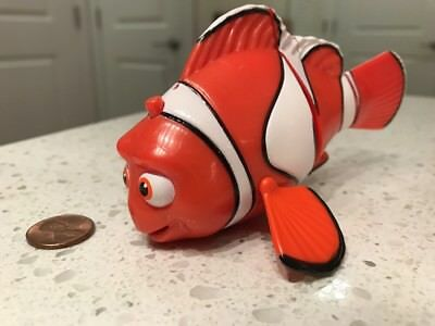 Finding Dory ~ Marlin Swimming Fish ~ Talks ~ Never Used