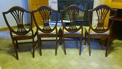 Set Of 4 Hepplewhite Shield Back Chairs Reupholstered All Wood Joints  Vintage