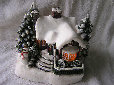 Thomas kinkade village   Village Christmas    lighted