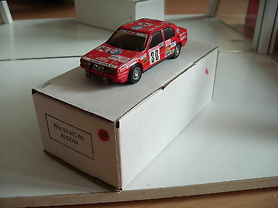 Hand Built Model Alezan Alfa Romeo 33 Monte Carlo 1986 in Red on 1:43 + Box