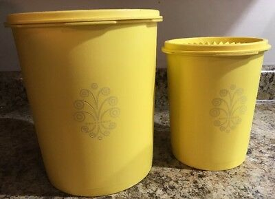 TUPPERWARE 2 Yellow Canisters 811 & 807 ~ Free Shipping