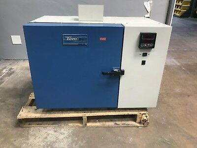 Tenney TJR Benchtop Temperature Test Chamber