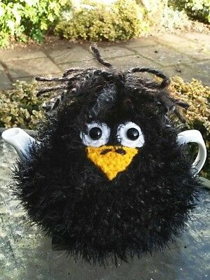Hand Knitted Blackbird Tea Cosy – for small 2 cup teapot
