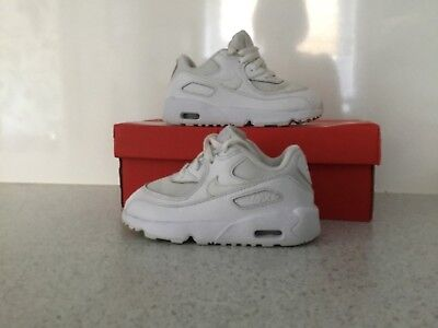 promo code 48741 3837c Girls boys Nike Air Max 90 Trainers Size Uk 7.5 White Boxed Vgc