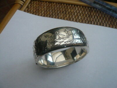 VINTAGE OLD LARGE STERLING SILVER BANGLE BRACELET HALF ENGRAVED VERY HEAVY 81g