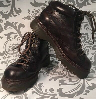 Vintage Unisex DR MARTENS AIR WAIR Ankle Chukka Boots 4M 6W RARE! ENGLAND #318