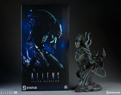 H.R. Giger's ALIENS Alien xenomorph Warrior Statue by Sideshow Collectibles