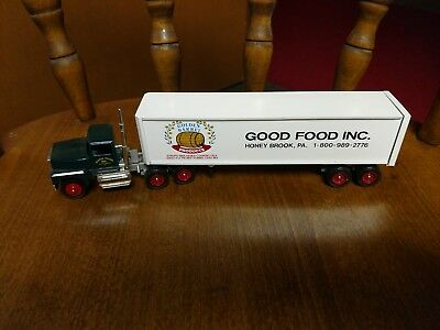 Good Food - No Box- Winross Truck  - Excellent Condition - Look!!