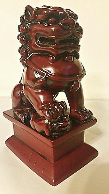 Vintage Feng Shui Chinese Red Resin Foo Dog/temple Guardian/lion Statue