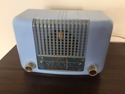 Fabulous -Baby Blue  Bakelite Phillips Minstrel Radio-Works, Stunnig Blue Colour