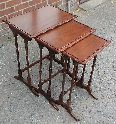 Regency antique style solid mahogany nest 3 lamp side occasional coffee tables