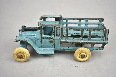 Arcade A.C. Williams Cast Iron Car Truck Toy Blue Painted 213
