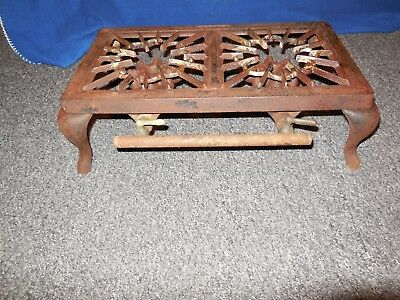 Vintage antique  rare  LICKING Cast Iron 2 Burner Camp Stove  table top stove