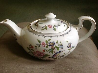 Beautiful Looking Brand New Aynsley Pembroke  Fine Bone China Tea Pot Rrp £59.50