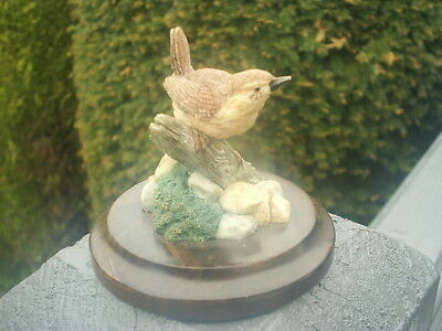 Small COUNTRY ARTISTS BIRD figurine WREN On Branch - LANGFORD 1991 - EXCELLENT