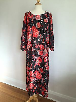 GORGEOUS VTG Black w/ Red Flowers Caftan House dress Coverup SZ M/L/XL MINT!