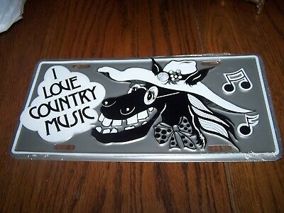 I Love Country Music Embossed License Plate Sign