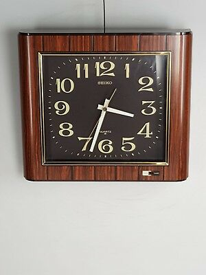 Vintage Striking Chime Seiko Quartz Wall Clock Silent Sweep Second Hand