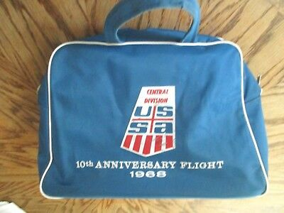 1968 KLM Dutch Airline Team USSA Ski team 10TH Anniversary Flight travel bag USA