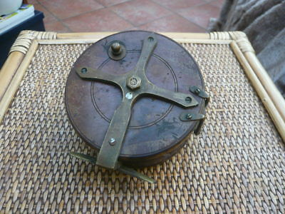 Unusual Vintage Old Antique Fishing Reel Wood And Brass For Parts / Restoration