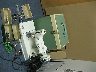 Vintage White Singer Featherweight 221K Sewing Machine w/Case and Accessories