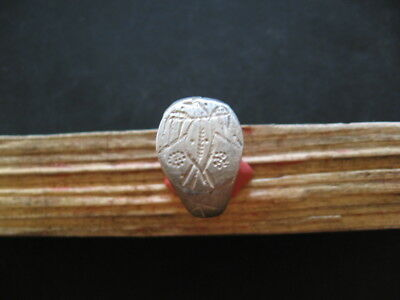 EAGLE AND COSMIC SYMBOLS ANCIENT CELTIC ENGRAVED SILVER FINGER RING 1-2 ct. AD